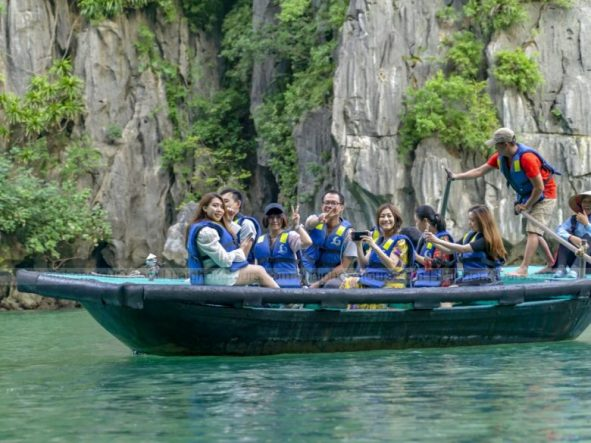 Bamboo boat ride Luon cave
