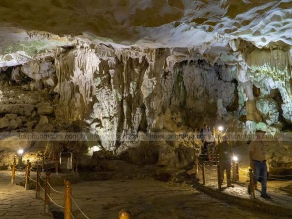 In Sung Sot cave