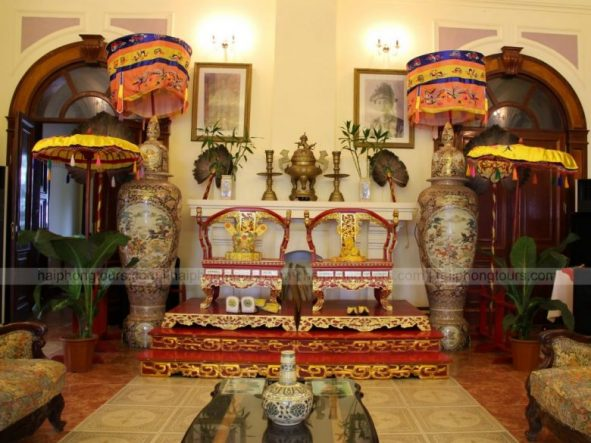 Throne of Bao Dai King and queen
