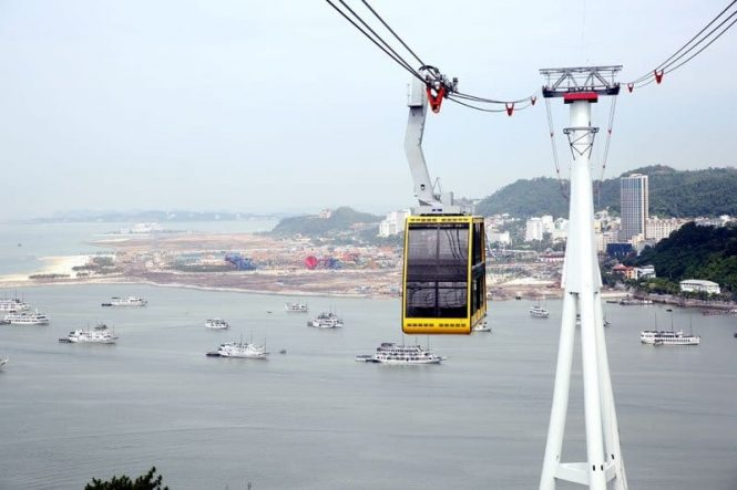The Queen's Cable Car - Halong attraction