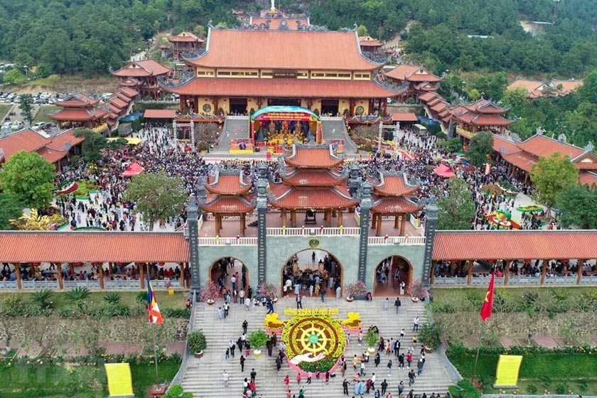 famous pagodas in Quang Ninh province
