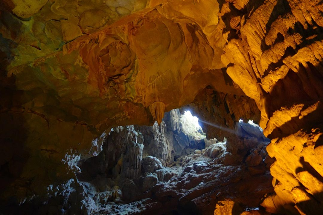 Fairy cave on Halong bay