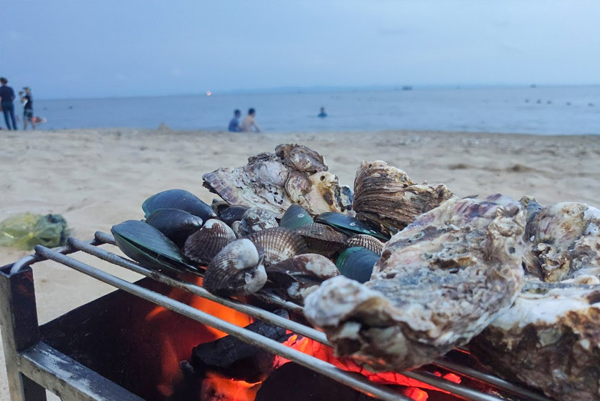 Grill party on Do Son Beach - What to do in Hai Phong in weekend