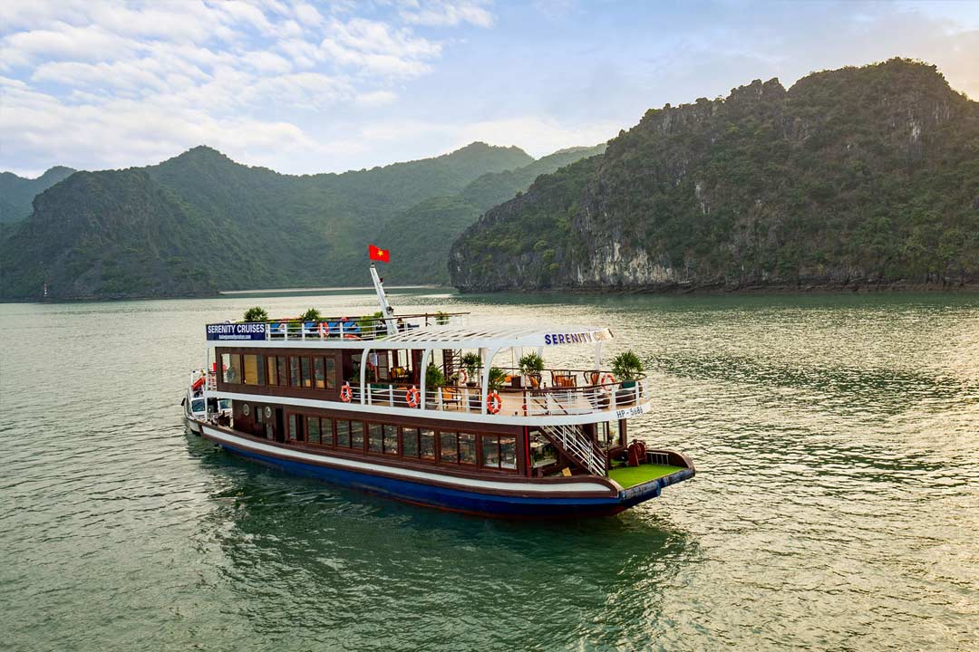 Serenity Hai Phong day cruise